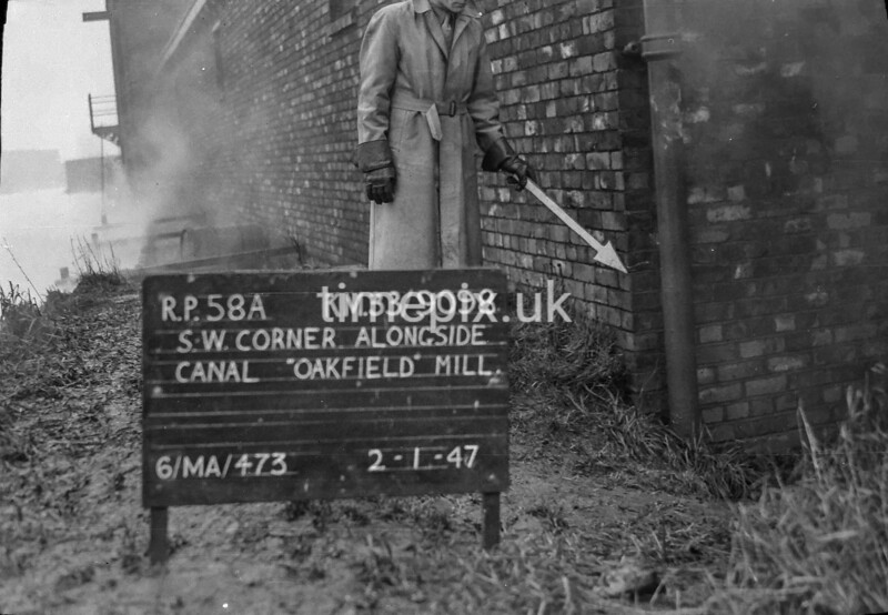 SJ909858A, Ordnance Survey Revision Point photograph in Greater Manchester