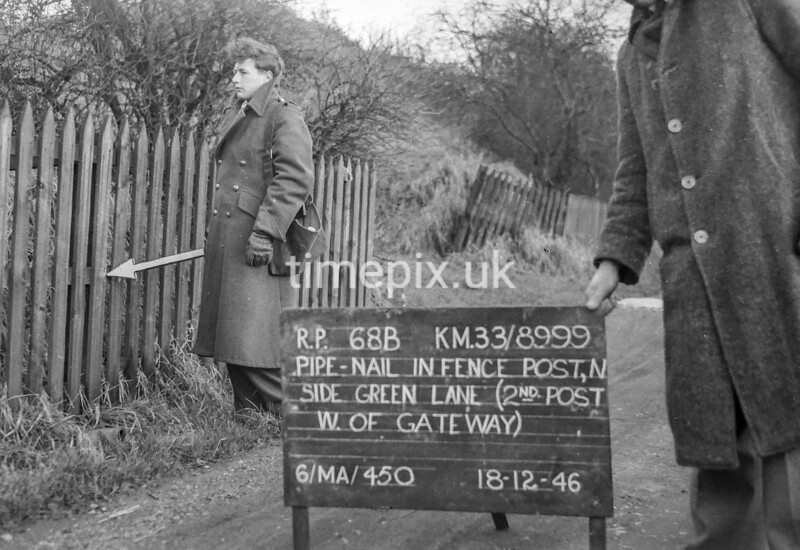 SJ899968B, Ordnance Survey Revision Point photograph in Greater Manchester