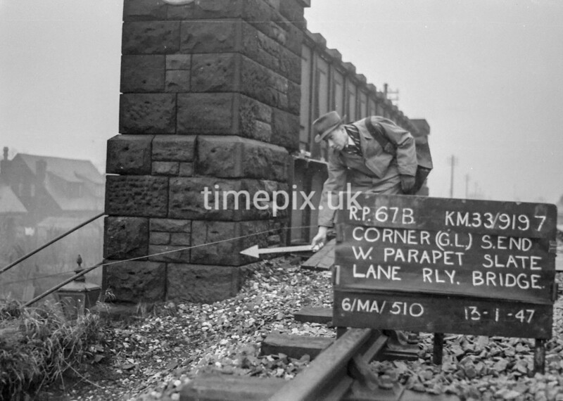 SJ919767B, Ordnance Survey Revision Point photograph in Greater Manchester