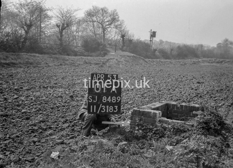 SJ848901A, Ordnance Survey Revision Point photograph in Greater Manchester