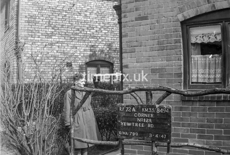 SJ849472A, Ordnance Survey Revision Point photograph in Greater Manchester