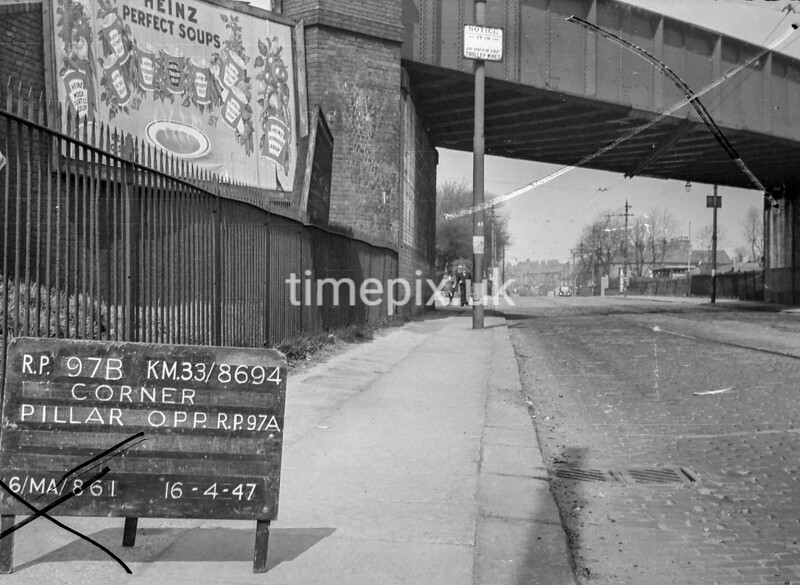 SJ869497B, Ordnance Survey Revision Point photograph in Greater Manchester