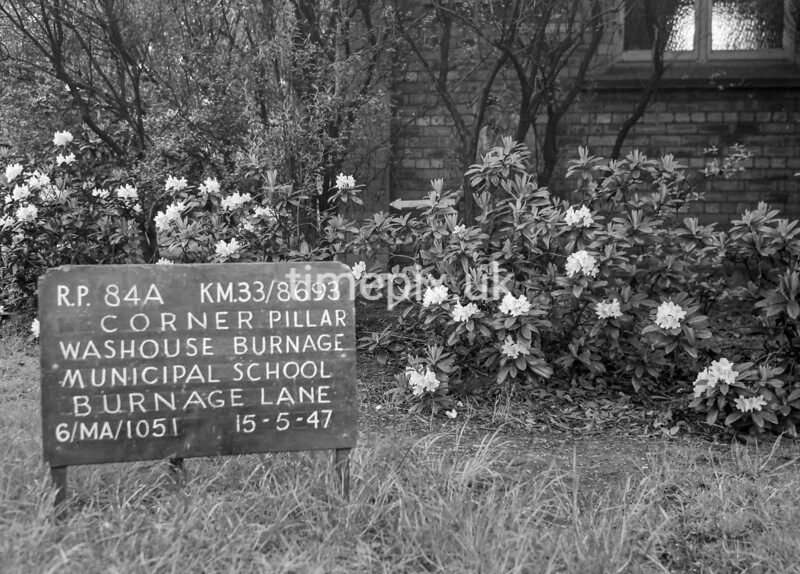 SJ869384A1, Ordnance Survey Revision Point photograph in Greater Manchester