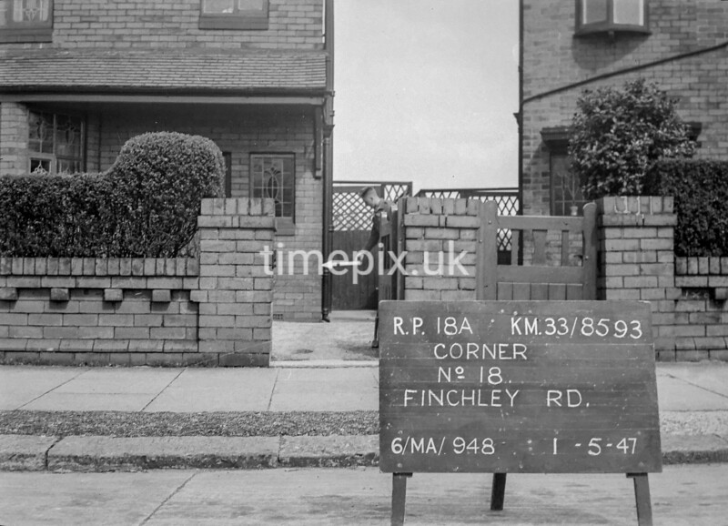 SJ859318A, Ordnance Survey Revision Point photograph in Greater Manchester