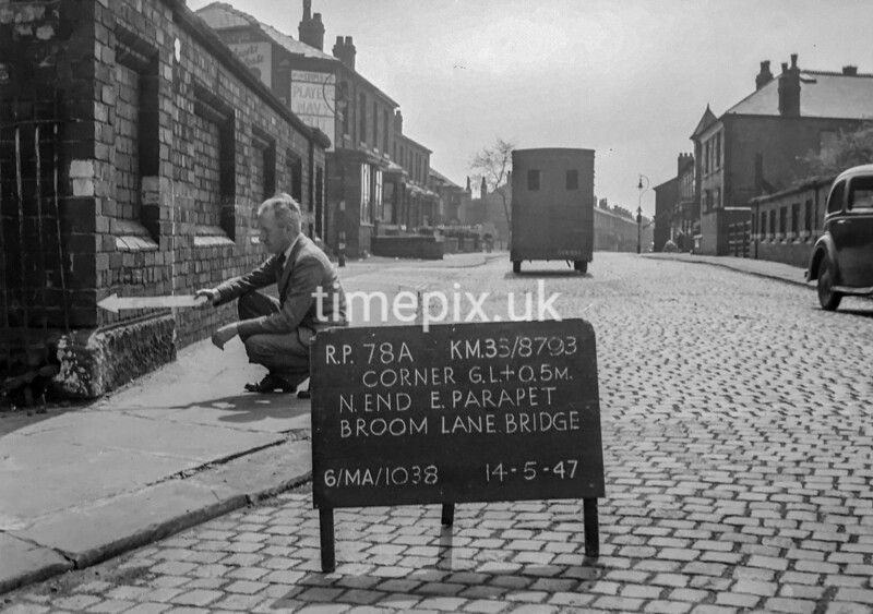 SJ879378A, Ordnance Survey Revision Point photograph in Greater Manchester