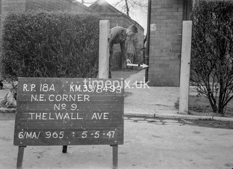 SJ849318A, Ordnance Survey Revision Point photograph in Greater Manchester