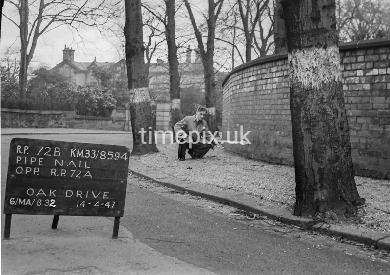 SJ859472B, Ordnance Survey Revision Point photograph in Greater Manchester