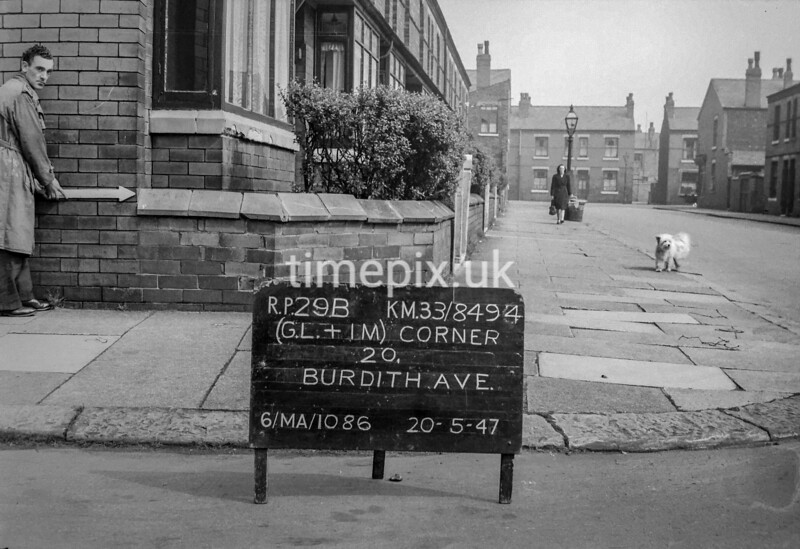 SJ849429B, Ordnance Survey Revision Point photograph in Greater Manchester