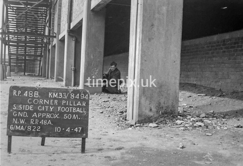 SJ849448B, Ordnance Survey Revision Point photograph in Greater Manchester