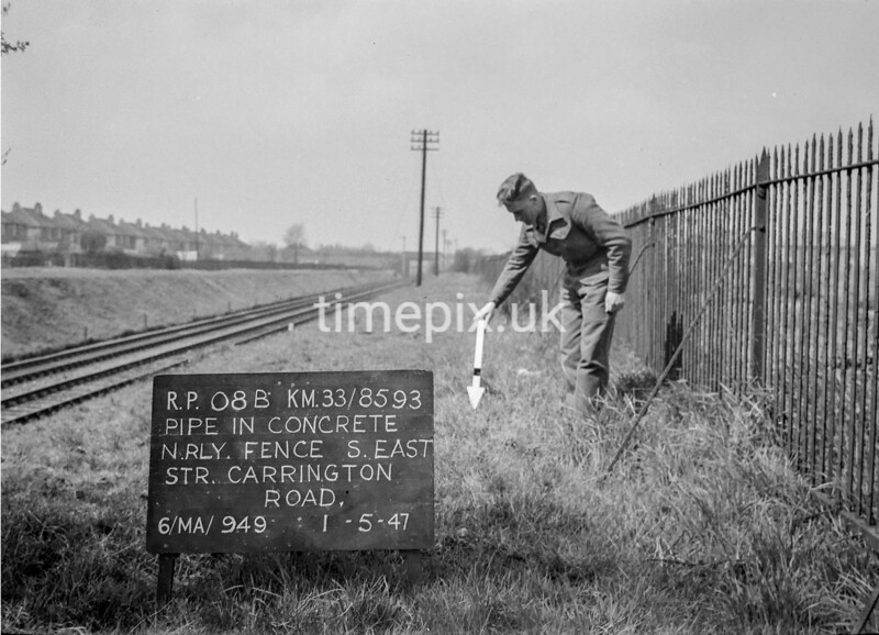 SJ859308B, Ordnance Survey Revision Point photograph in Greater Manchester