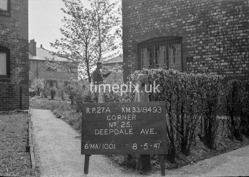 SJ849327A1, Ordnance Survey Revision Point photograph in Greater Manchester