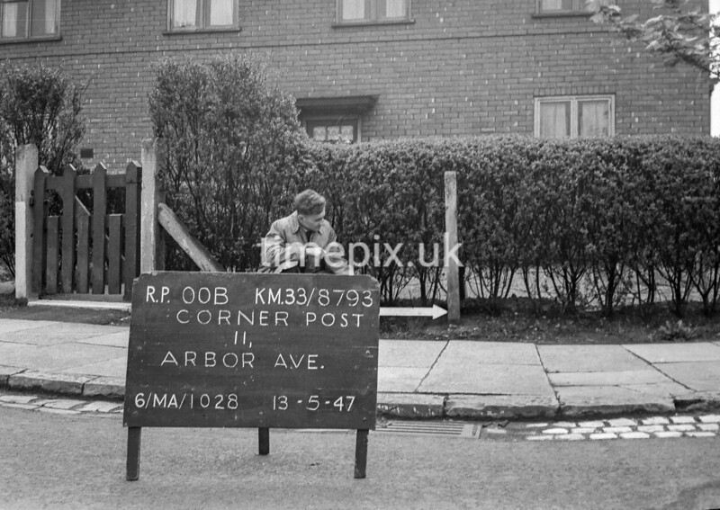 SJ879300B, Ordnance Survey Revision Point photograph in Greater Manchester