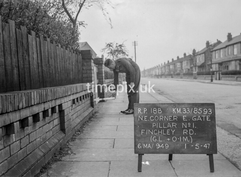 SJ859318B, Ordnance Survey Revision Point photograph in Greater Manchester