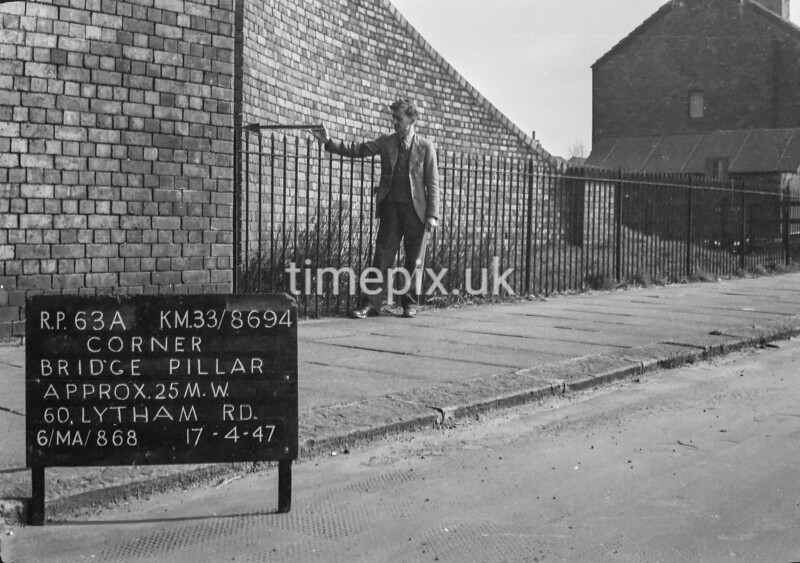 SJ869463A, Ordnance Survey Revision Point photograph in Greater Manchester