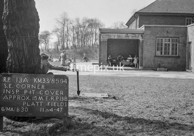 SJ859413A, Ordnance Survey Revision Point photograph in Greater Manchester