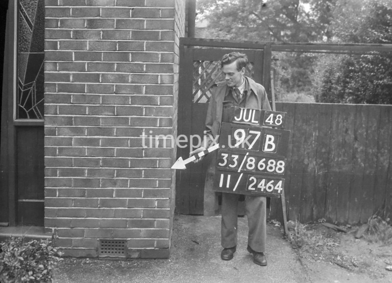 SJ868897B2, Ordnance Survey Revision Point photograph in Greater Manchester