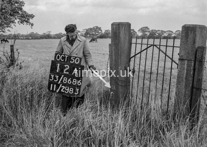 SJ868612A, Ordnance Survey Revision Point photograph in Greater Manchester