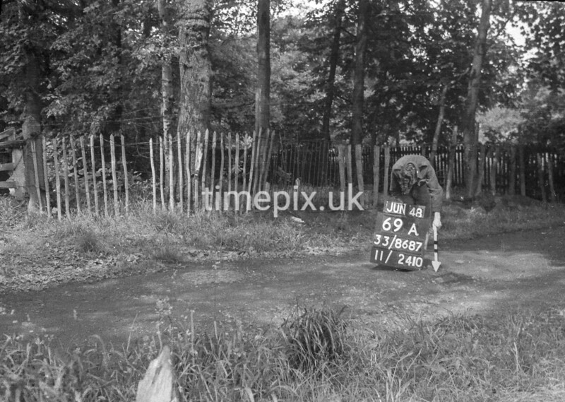 SJ868769A, Ordnance Survey Revision Point photograph in Greater Manchester