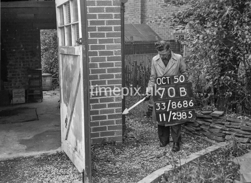 SJ868670B, Ordnance Survey Revision Point photograph in Greater Manchester