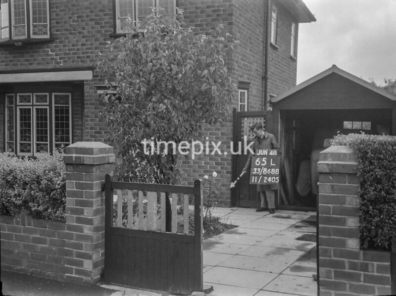 SJ868865L, Ordnance Survey Revision Point photograph in Greater Manchester