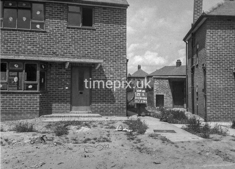 SJ868821B1, Ordnance Survey Revision Point photograph in Greater Manchester
