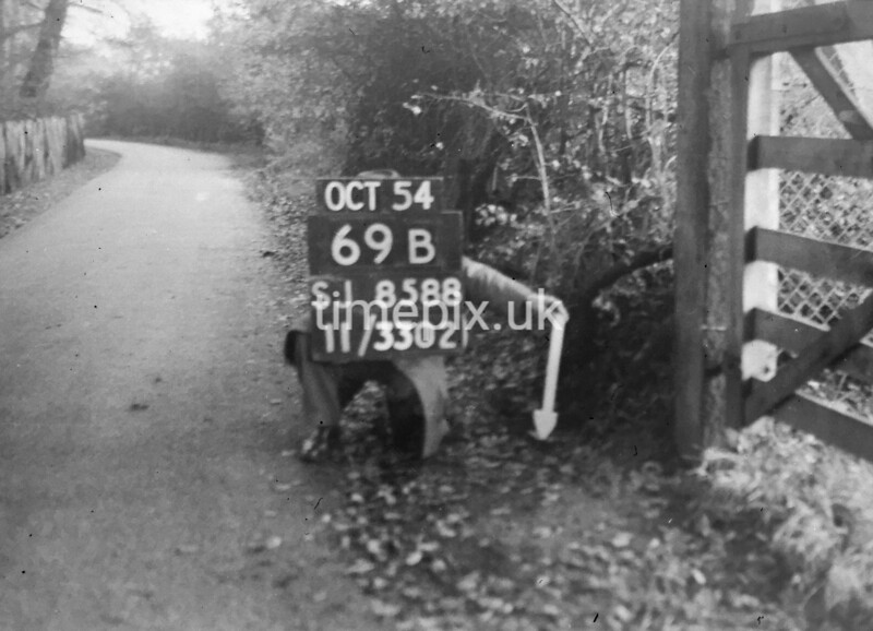 SJ858869B2, Ordnance Survey Revision Point photograph in Greater Manchester