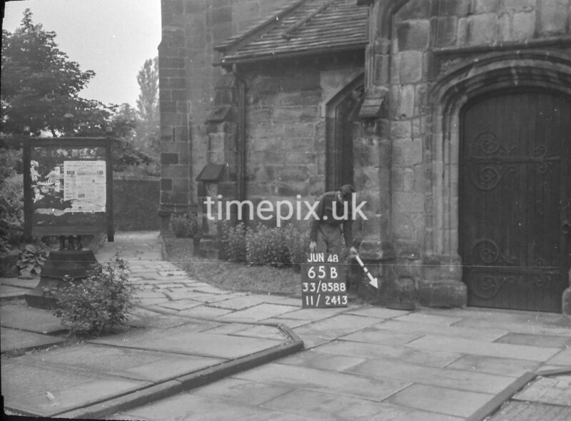 SJ858865B, Ordnance Survey Revision Point photograph in Greater Manchester