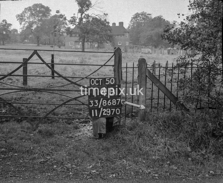SJ868714B, Ordnance Survey Revision Point photograph in Greater Manchester