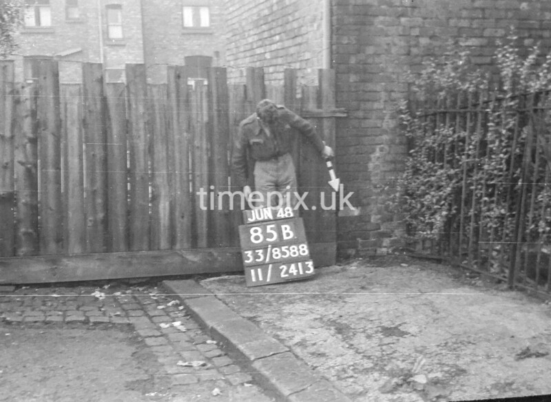 SJ858885B, Ordnance Survey Revision Point photograph in Greater Manchester