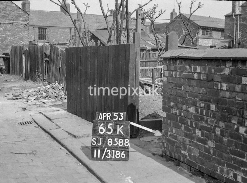 SJ858865K, Ordnance Survey Revision Point photograph in Greater Manchester