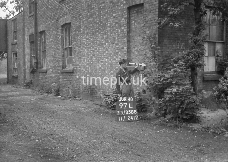 SJ858897L, Ordnance Survey Revision Point photograph in Greater Manchester