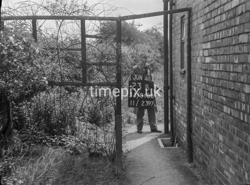 SJ868823B, Ordnance Survey Revision Point photograph in Greater Manchester