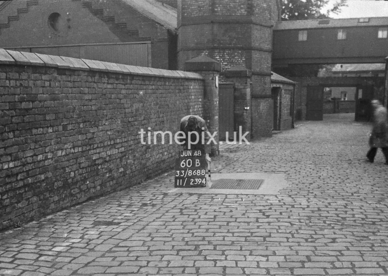 SJ868860B, Ordnance Survey Revision Point photograph in Greater Manchester