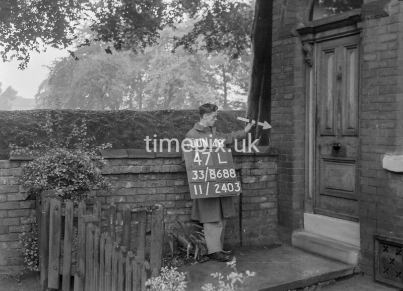 SJ868847L, Ordnance Survey Revision Point photograph in Greater Manchester