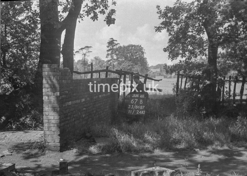 SJ868767B, Ordnance Survey Revision Point photograph in Greater Manchester