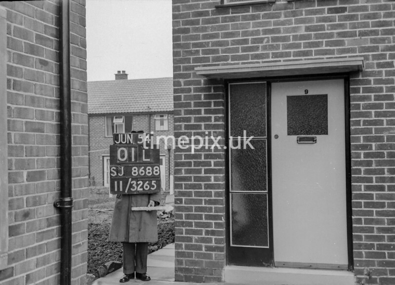 SJ868801L, Ordnance Survey Revision Point photograph in Greater Manchester