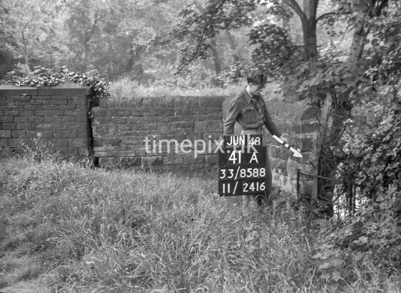 SJ858841A, Ordnance Survey Revision Point photograph in Greater Manchester