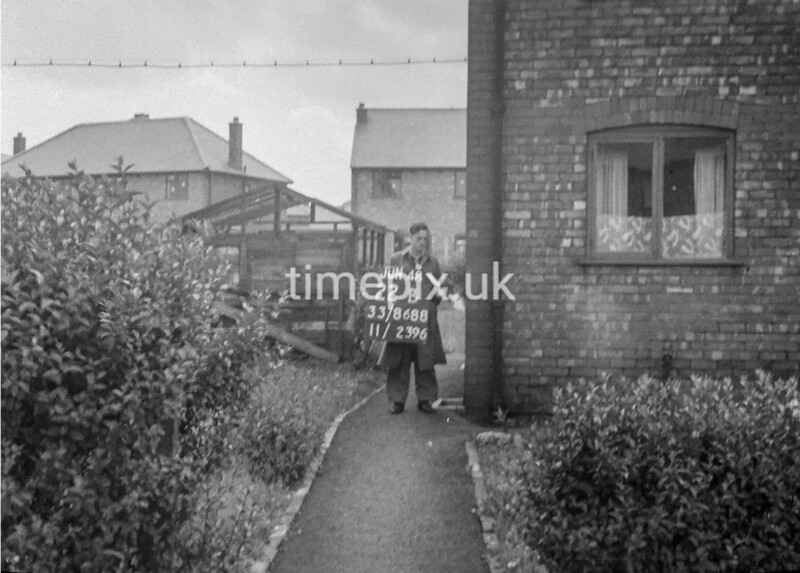 SJ868822B, Ordnance Survey Revision Point photograph in Greater Manchester
