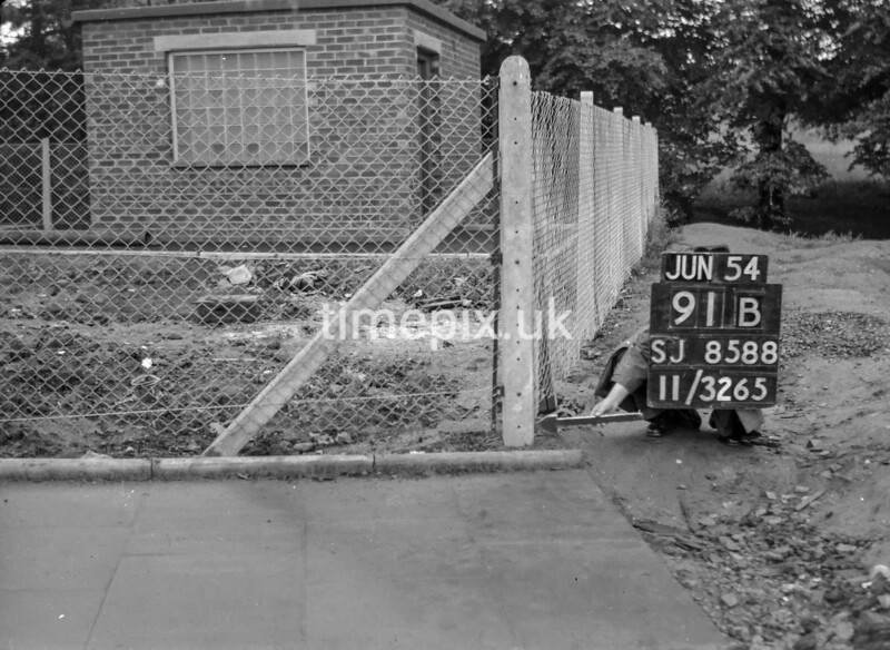SJ858891B, Ordnance Survey Revision Point photograph in Greater Manchester