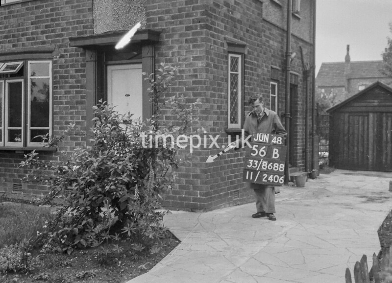 SJ868856B, Ordnance Survey Revision Point photograph in Greater Manchester