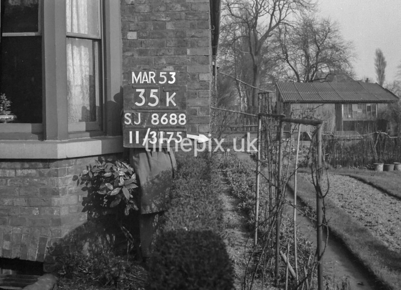 SJ868835K, Ordnance Survey Revision Point photograph in Greater Manchester