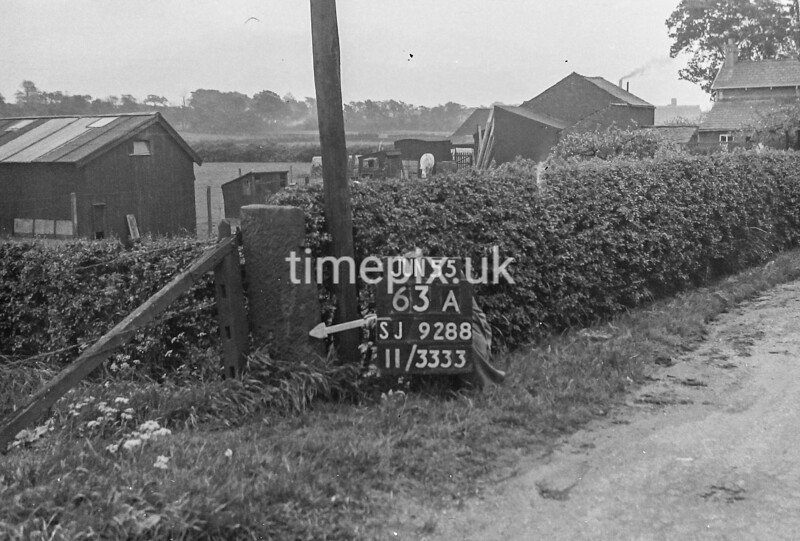 SJ928863A, Ordnance Survey Revision Point photograph in Greater Manchester