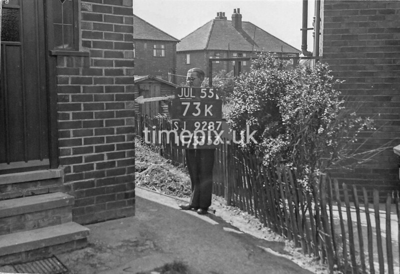 SJ928773K, Ordnance Survey Revision Point photograph in Greater Manchester