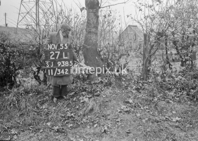 SJ938527L, Ordnance Survey Revision Point photograph in Greater Manchester