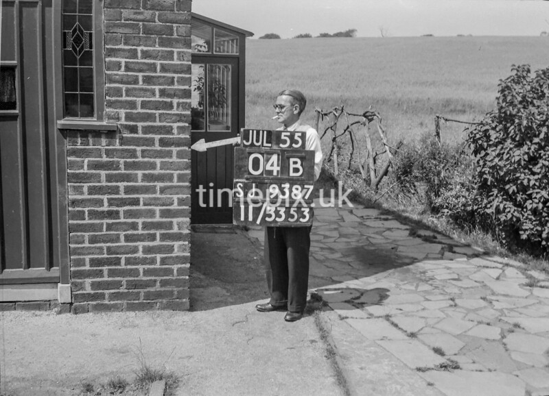 SJ938704B, Ordnance Survey Revision Point photograph in Greater Manchester