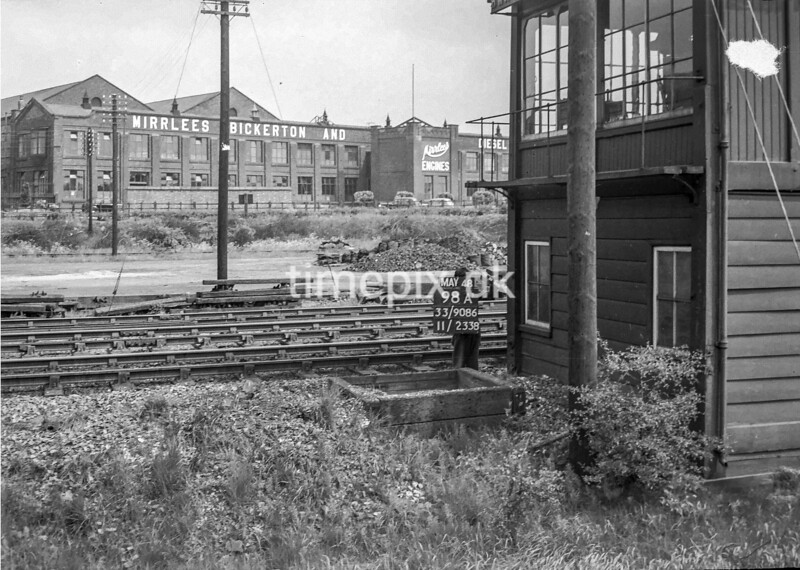 SJ908698A, Ordnance Survey Revision Point photograph in Greater Manchester