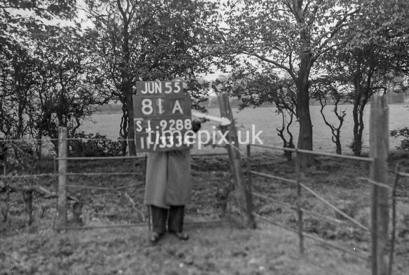 SJ928881A, Ordnance Survey Revision Point photograph in Greater Manchester