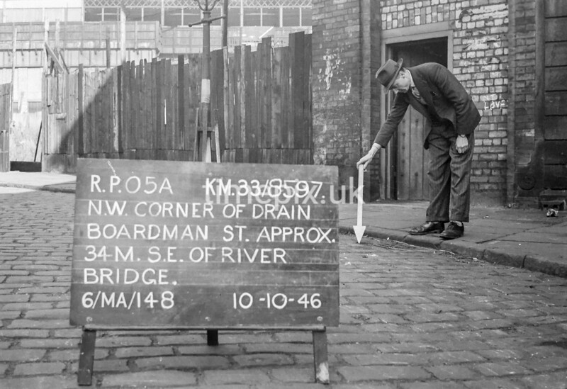 SJ859705A, Ordnance Survey Revision Point photograph in Greater Manchester