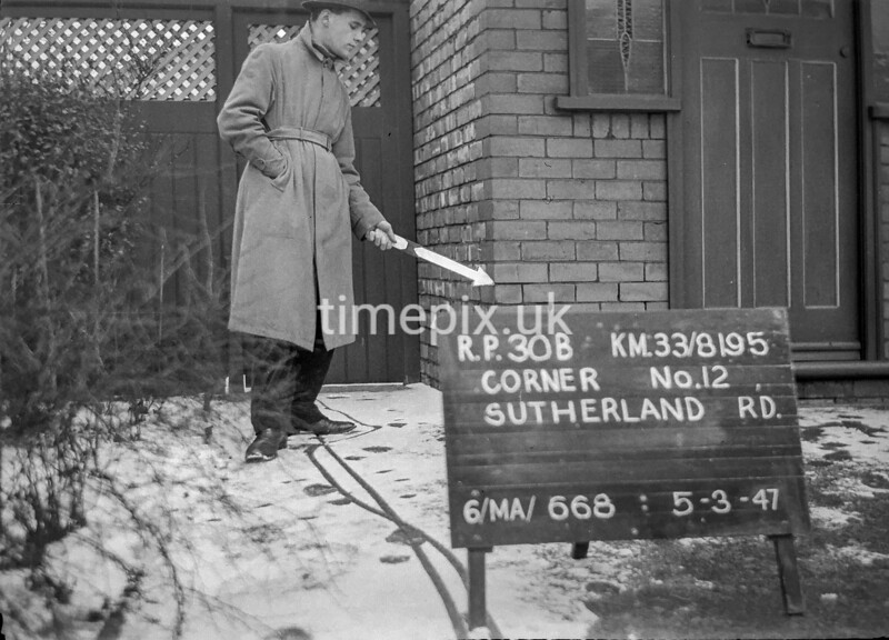 SJ819530B, Ordnance Survey Revision Point photograph in Greater Manchester