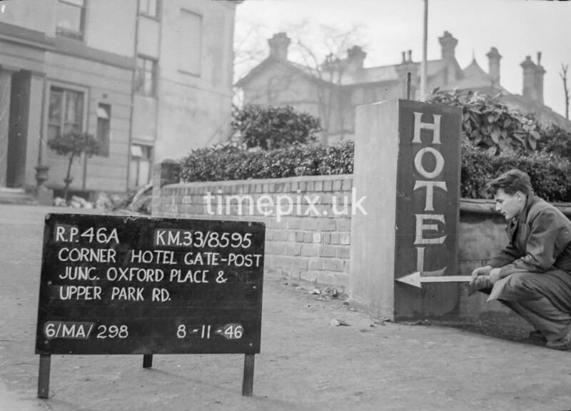 SJ859546A, Ordnance Survey Revision Point photograph in Greater Manchester